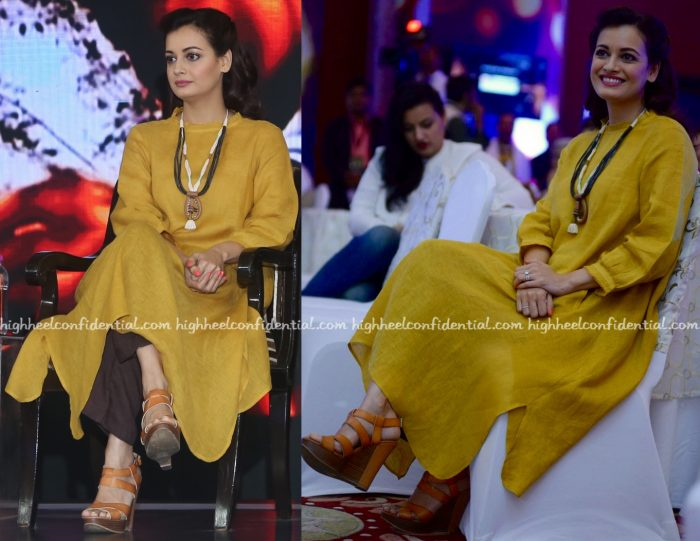 dia-mirza-at-ndtv-youth-for-change-conclave-1