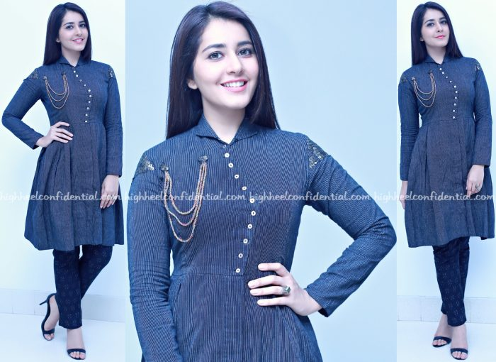 Raashi Khanna Wears Blueprint To Jo Achyutananda Audio Launch-1 (1)