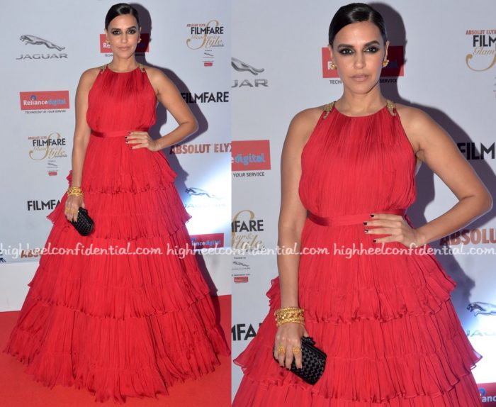 neha-dhupia-in-shantanu-and-nikhil-at-filmfare-glamour-and-style-awards-2016-1