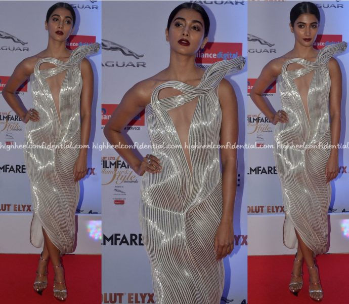 pooja-hegde-in-gaurav-gupta-at-filmfare-glamour-and-style-awards-2016-1