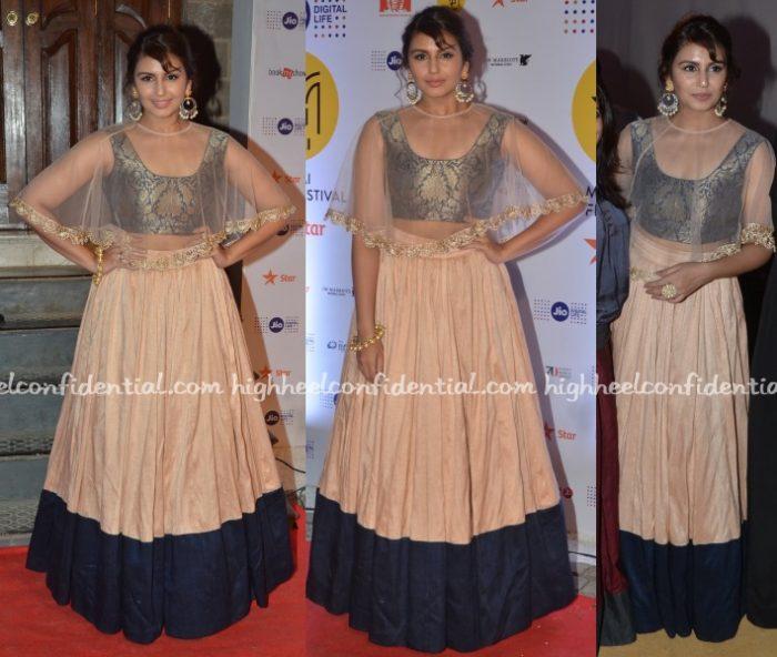 huma-qureshi-payal-singhal-mami-mumbai-film-festival-2016