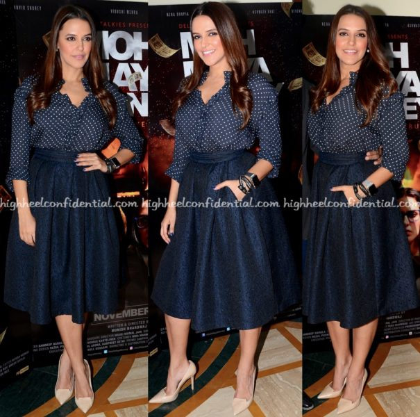 neha-dhupia-wears-hm-and-marks-spencer-to-moh-maya-money-promotions-1