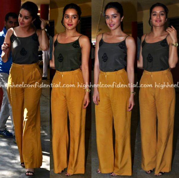 shraddha-kapoor-wears-encrustd-and-pocko-jacky-to-rock-on-2-promotions-1