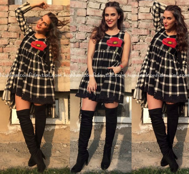 neha-dhupia-wears-pero-to-roadies-auditions-in-chandigarh
