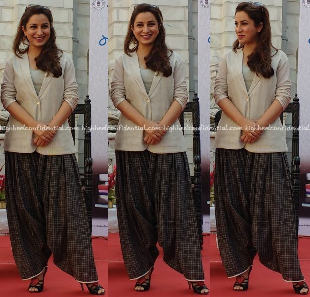 Tisca Chopra In Urvashi Kaur At Kolkata Literary Event-1